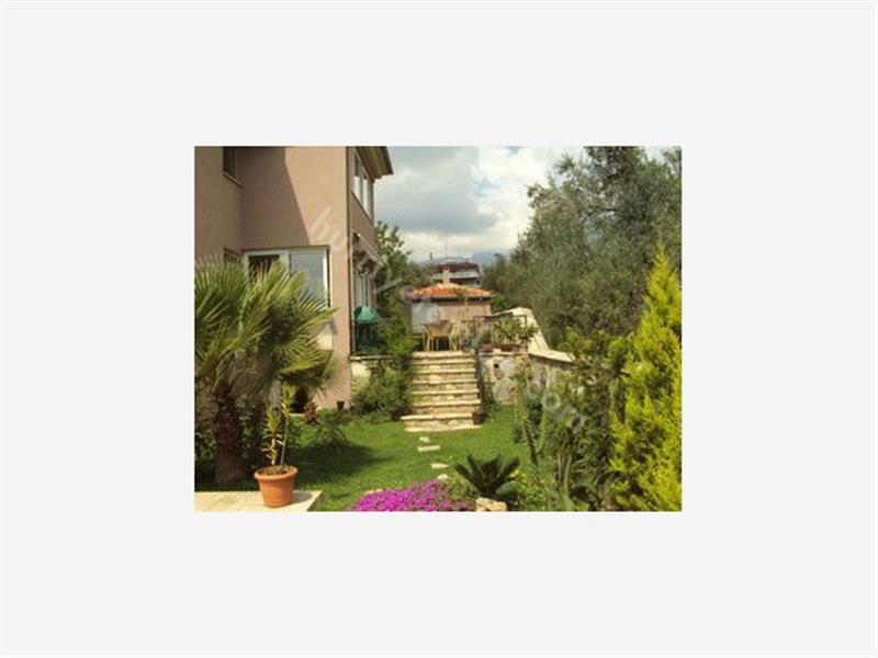 Köyceğiz de Satılık Yüzme Havuzlu Villa