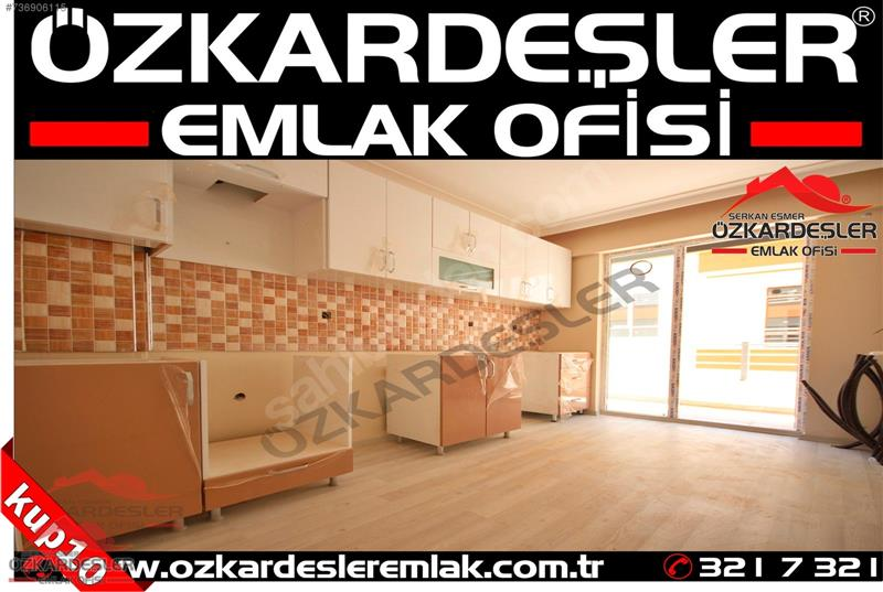 AYVALI SEVAL CADDESİNDE ORJİNAL ARA KATTA SIFIR ÇİFT BANYOLU..!