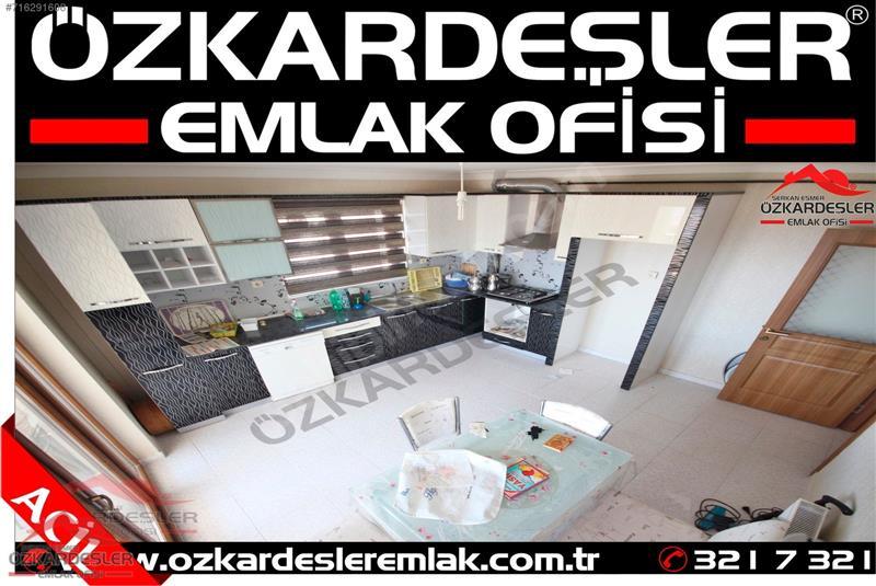 EMLSALSİZ GENİŞLİKTE PARK ANKARA MANZARALI 3 BALKONLU S.LÜX 3+1