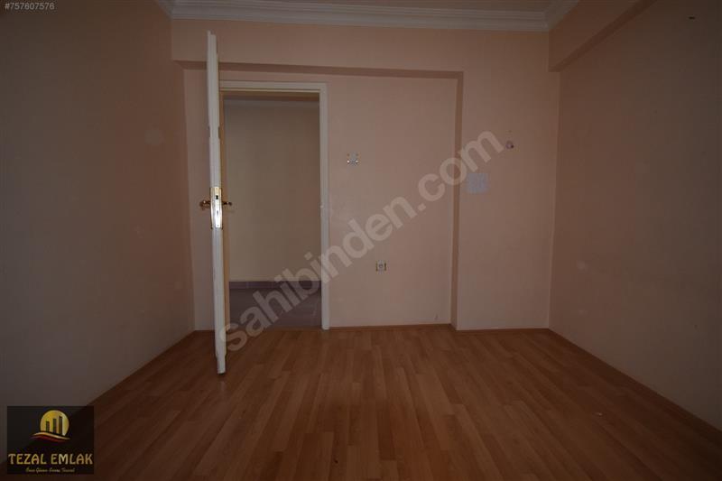 TEZAL;dan Ayvalı Merkez Cami Karşısı 3+1 / 125 m2 Bağımsız Salon