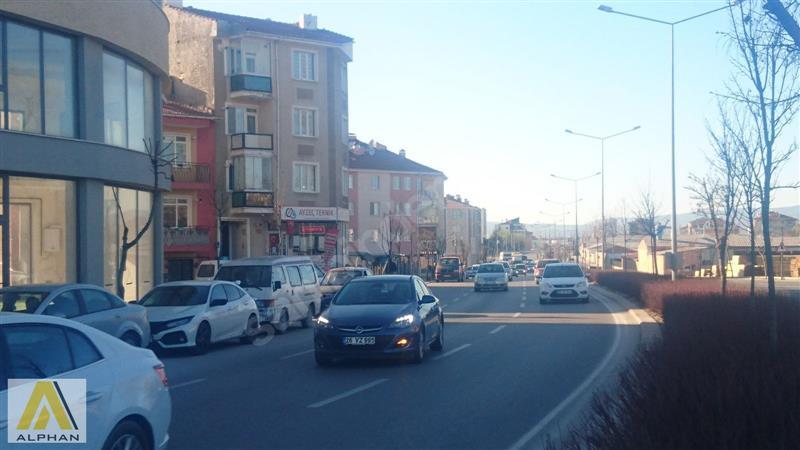 ÇAMLICA TOMBAKZADE CADESİ CEPHELİ 180 METRE KOMİSYON YOKkkkkkk