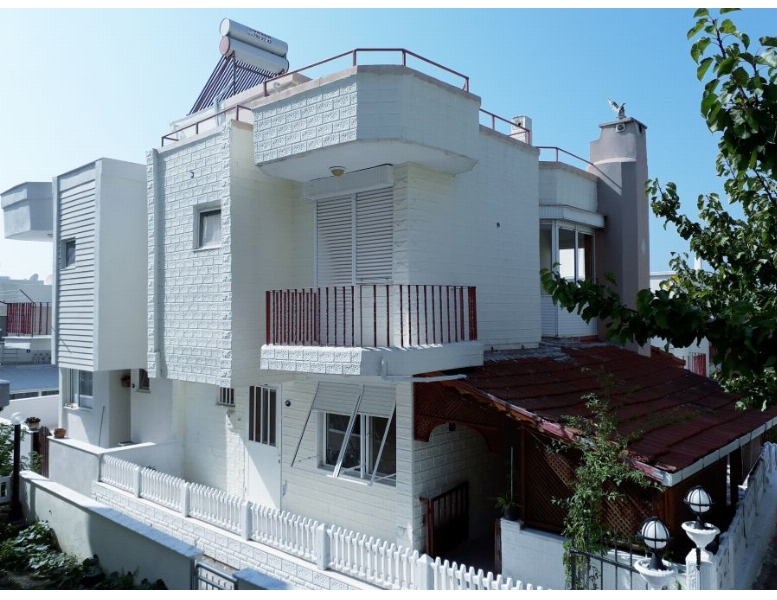 *izmir,seferihisar Doğanbey Deniz Tarfında Satılık 4+2 Villa