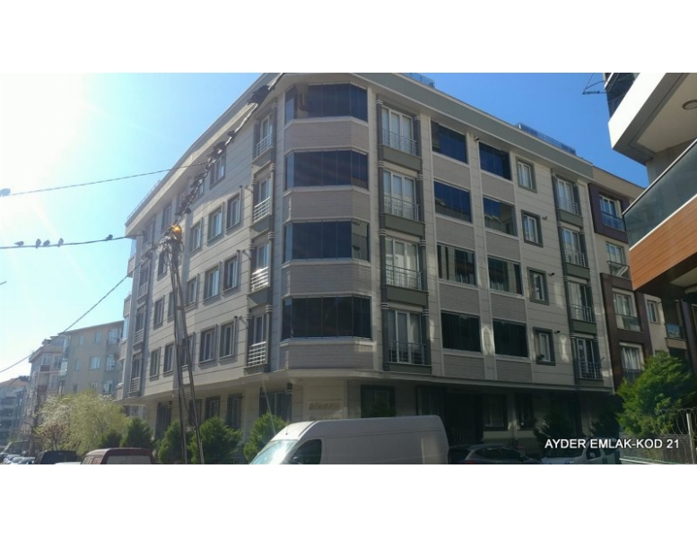 İstanbul Bahçelievler yenibosna mah de satılık 135 m² 3+1 - 3. kat daire