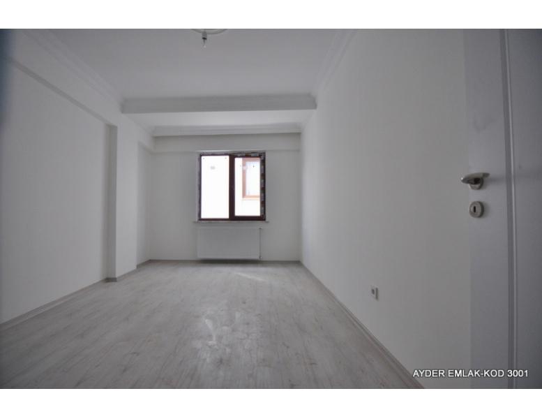 İstanbul Bahçelievler cumhuriyet mah de satılık 100 m² 2+1 -3. kat daire